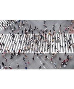 eyetronic, Fußgänger überqueren eine Straße