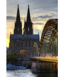 Hady Khandani, HDR - COLOGNE CATHEDRAL AND HOHENZOLLERN BRIDGE IN TWILIGHT - GERMANY 10