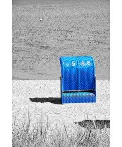Hady Khandani, COLORSPOT - BLUE BEACH CHAIR