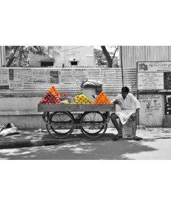 Hady Khandani, COLORSPOT - FRUIT SELLER - INDIA