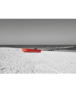Hady Khandani, COLORSPOT - RED BOAT AT THE BEACH