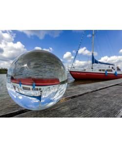 Rolf Fischer, Kugelwelt Segelboot